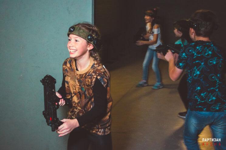 Детский праздник с лазертагом на Партизан Арене